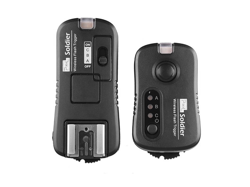 Pixel Soldier Nikon (TF-372) wireless flash group/shutter remote control, wireless control and wake up at will.